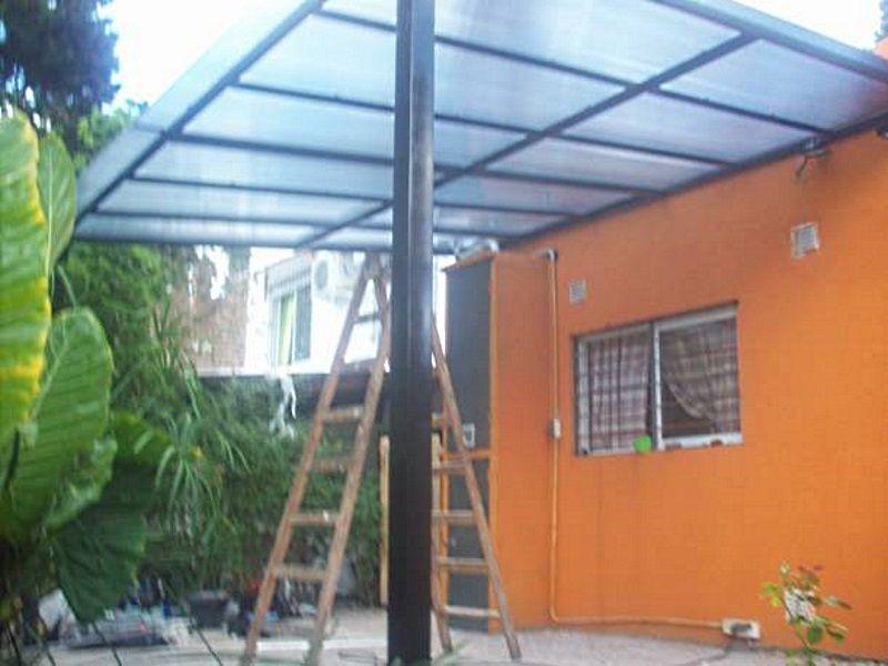 Techos de policarbonato sur metal for Toldos y cerramientos para patios